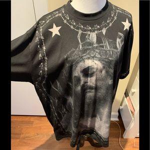 Givenchy T shirt unisex size M